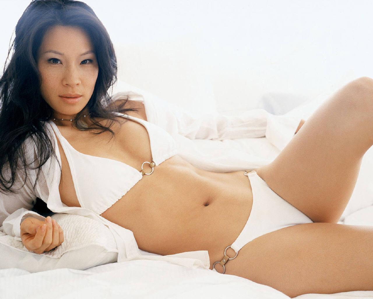 Lucy Liu desnuda - Fotos y Vdeos - ImperiodeFamosas